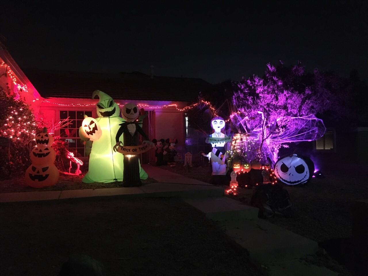 Jeter Tavares halloween houses 3.jpg