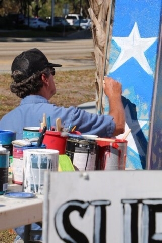 Artist paints President Trump mural in Fort Myers