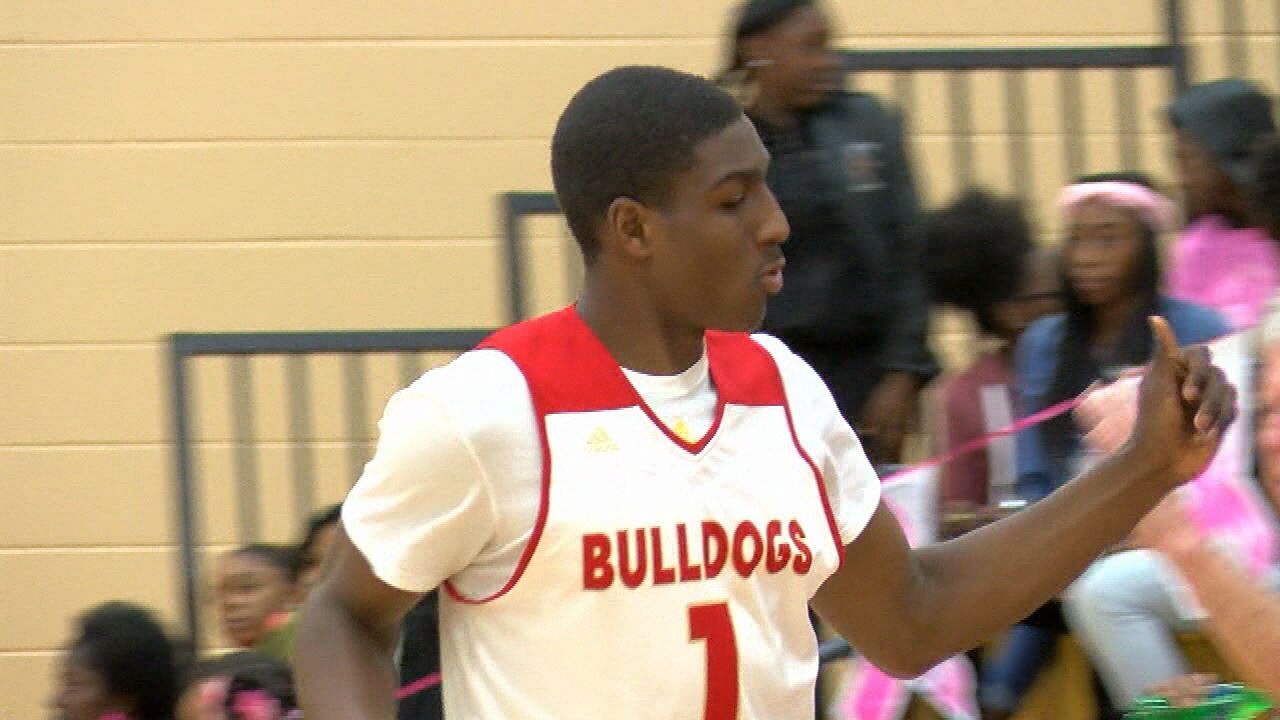 Reggie Perry, Thomasville Down Fitzgerald on the Hardwood