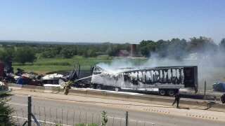 2 semis, 2 vehicles caught in fiery I-40 crash