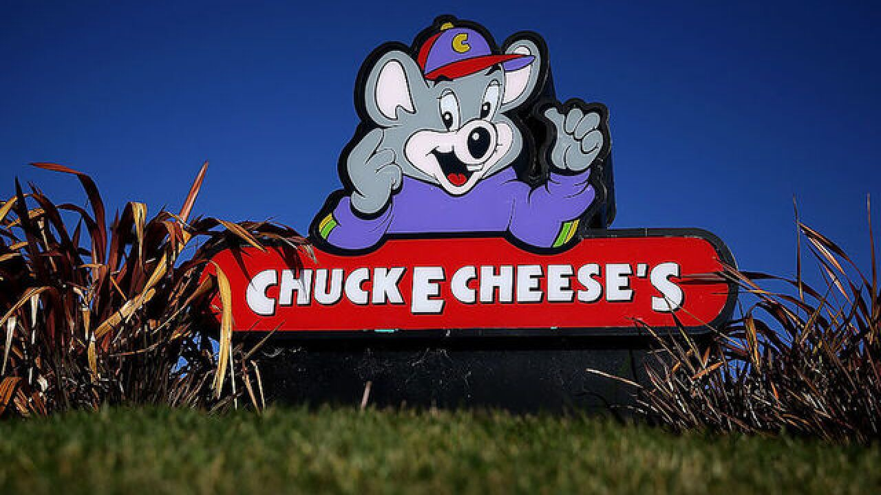 Video captures brawl in game room of Chuck E. Cheese's in California