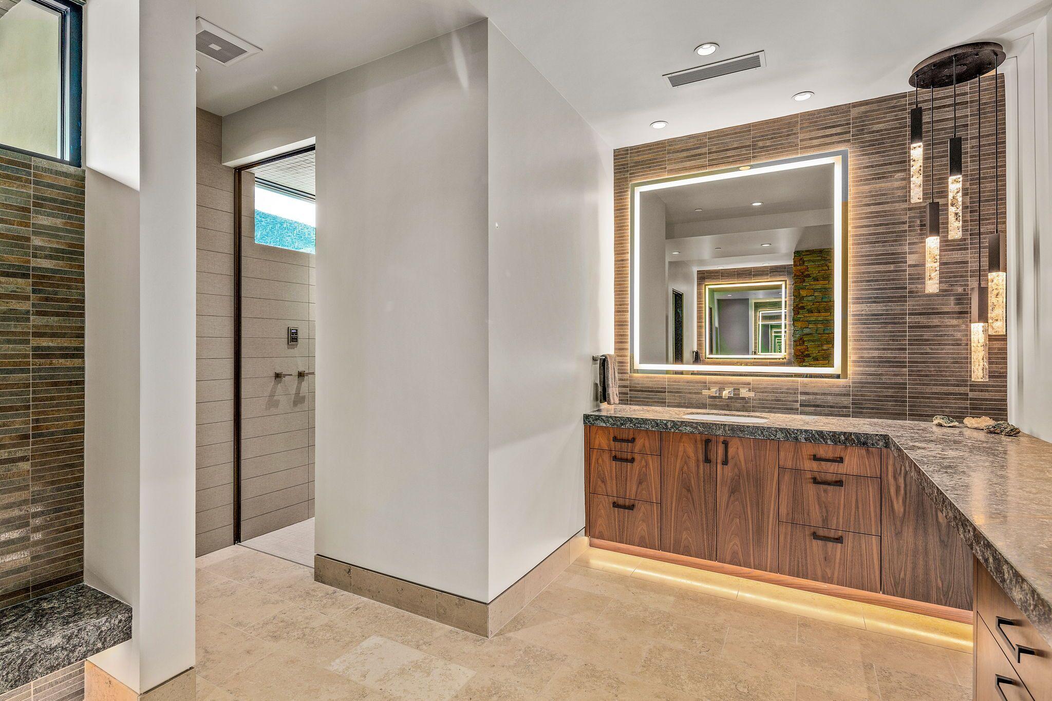 9300+E+Grapevine+Pass+Scottsdale-30-WebQuality-Master+Bath.jpg