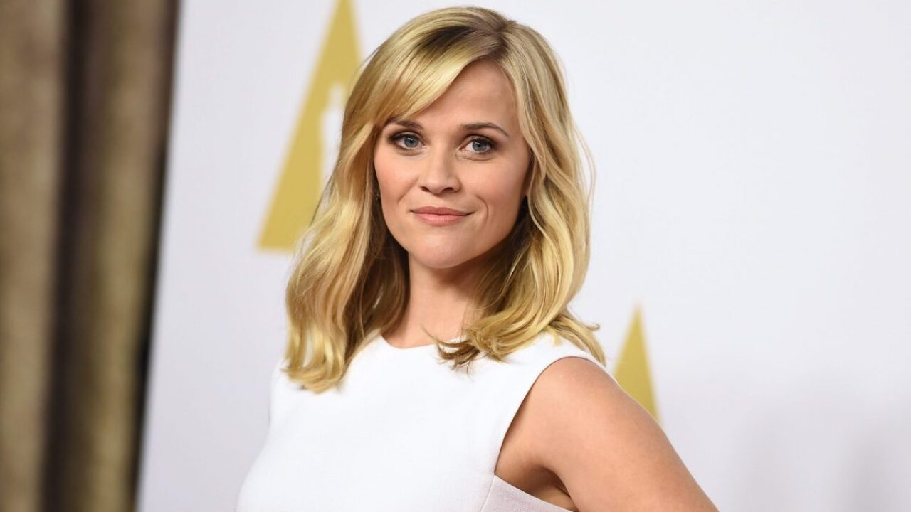 Reese Witherspoon is giving teachers free dresses from her Draper James line