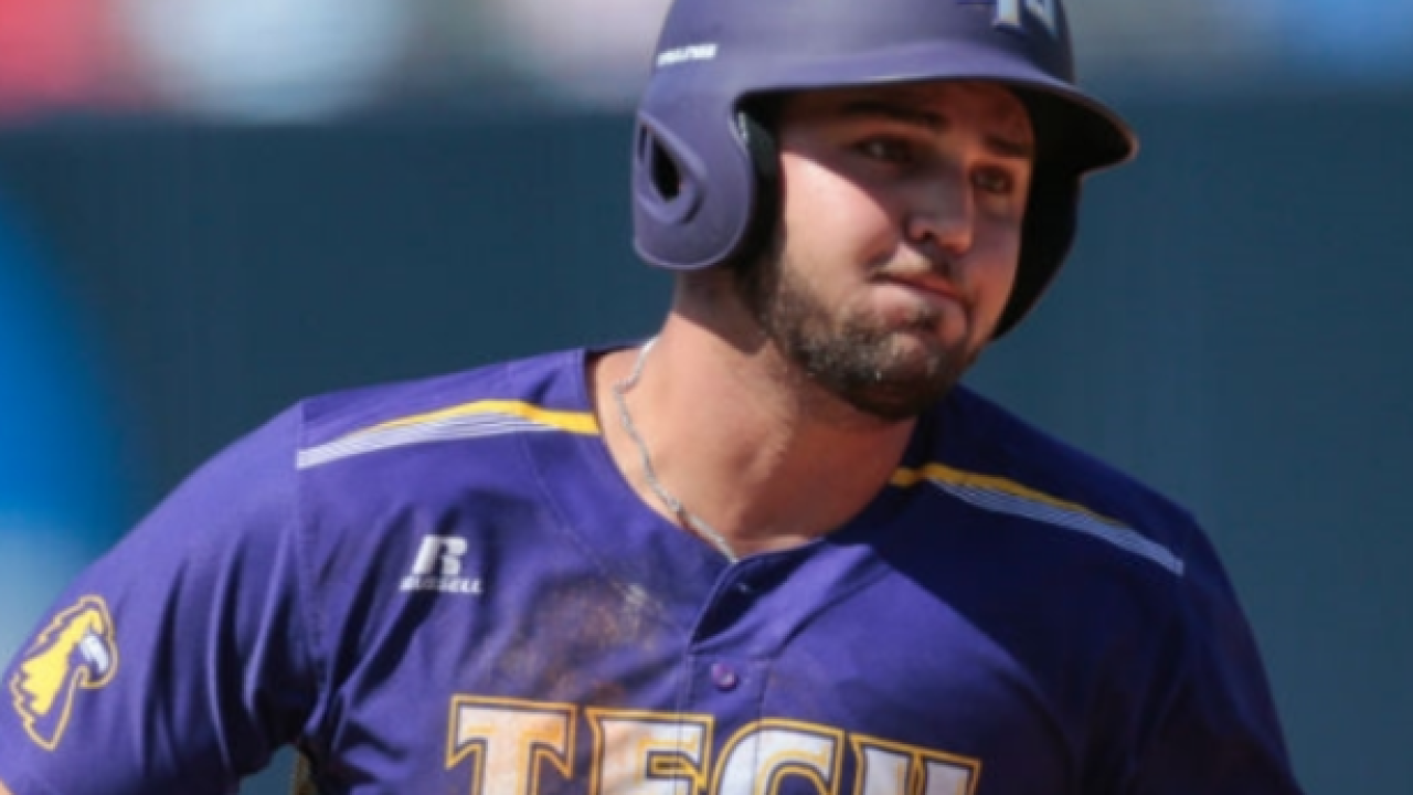 Chambers, Garza power Tennessee Tech past Texas