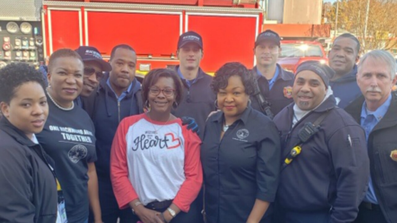 Firefighter killed on Thanksgiving helped deliver meals to needyfamilies