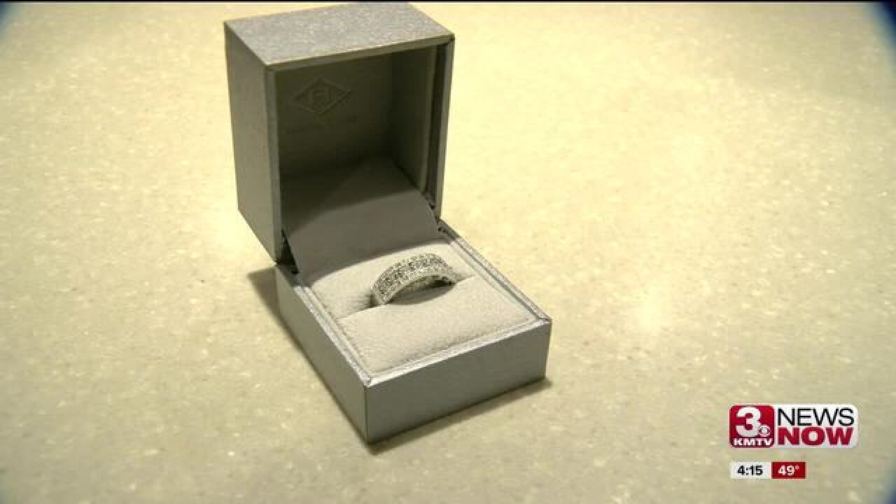 Diamond ring donated in Salvation Army kettle to be auctioned