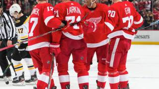 NHL-worst Red Wings beat league-best Bruins for second time
