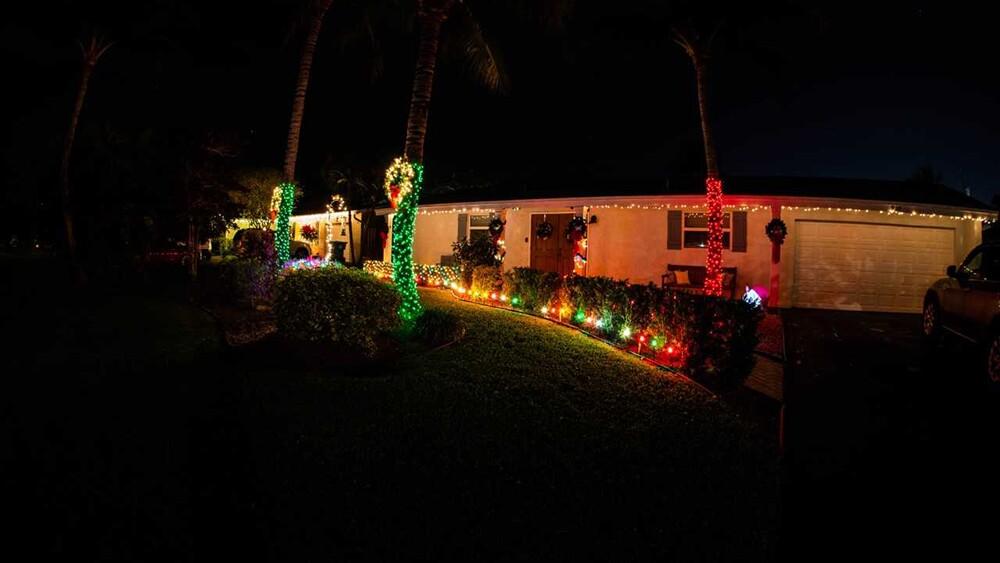 WPTV-CHRISTMAS-HOUSE-4.jpg
