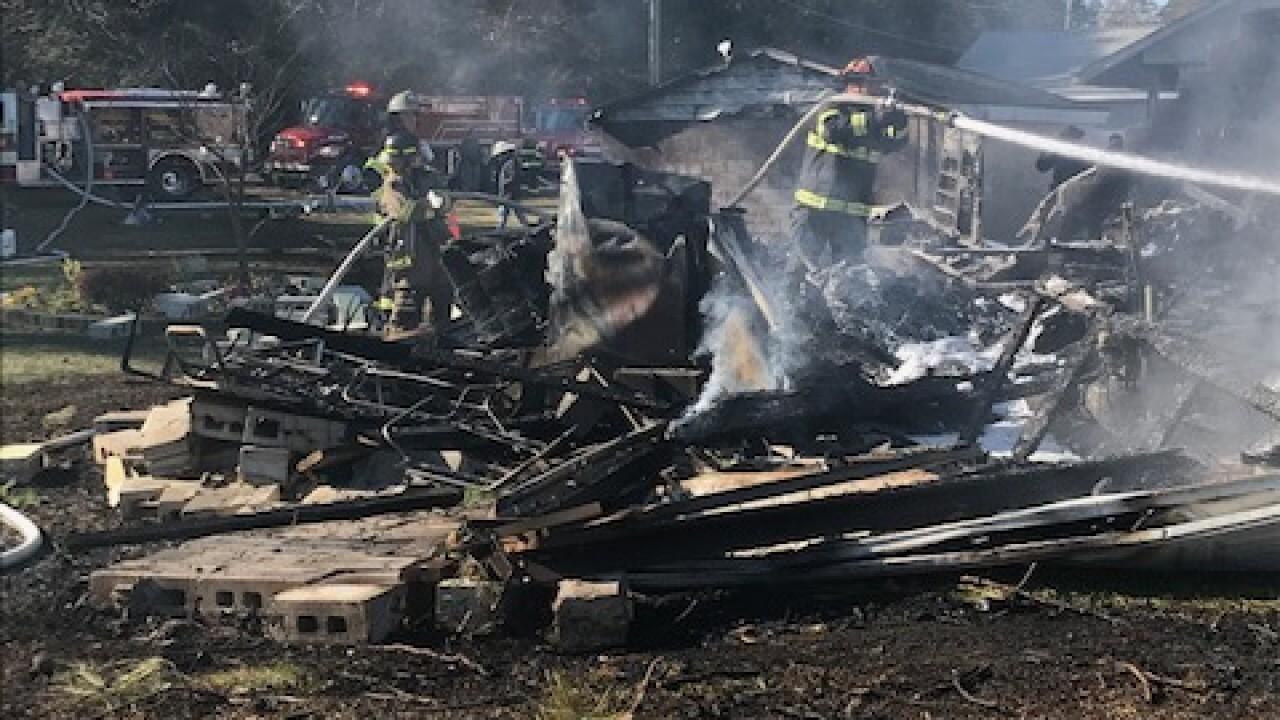 Middlesex County plane crash 01.jpg