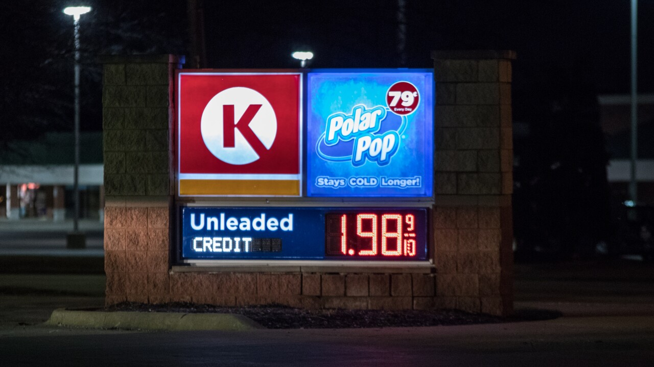 Gas prices continue to dip below $2.00