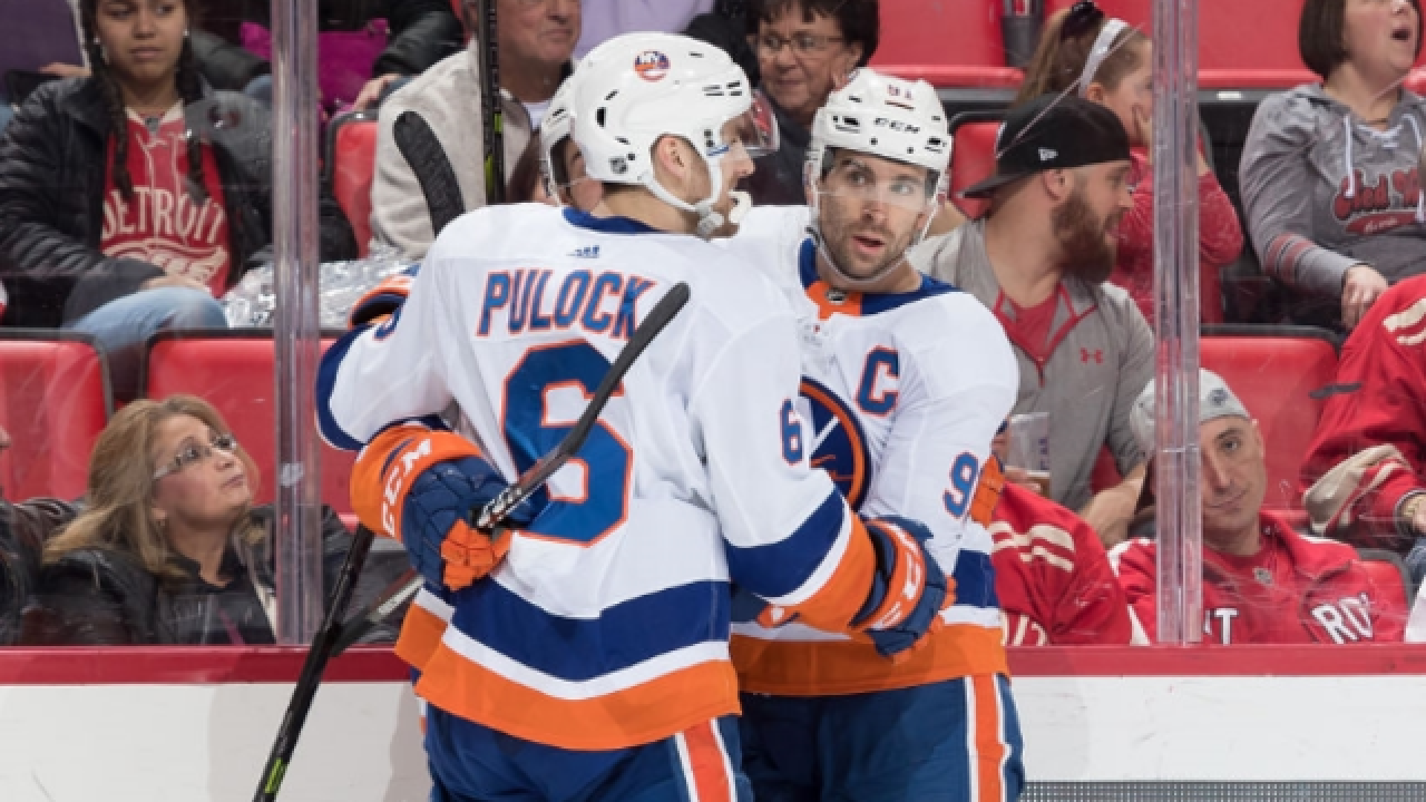 John Tavares scores in OT; Islanders beat Red Wings in season finale