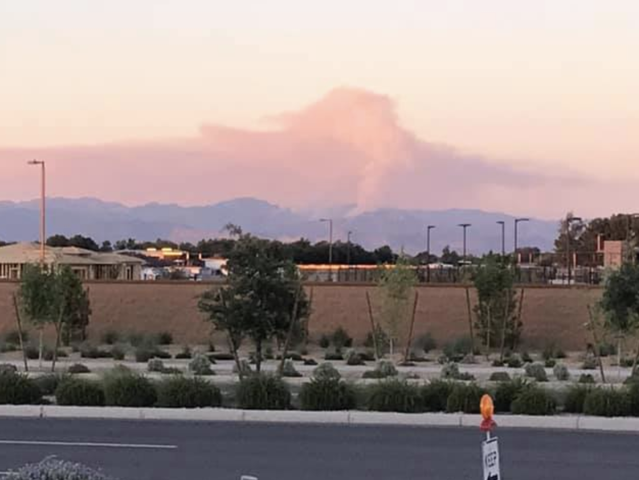 Woodbury Fire in Superstition Mountains
