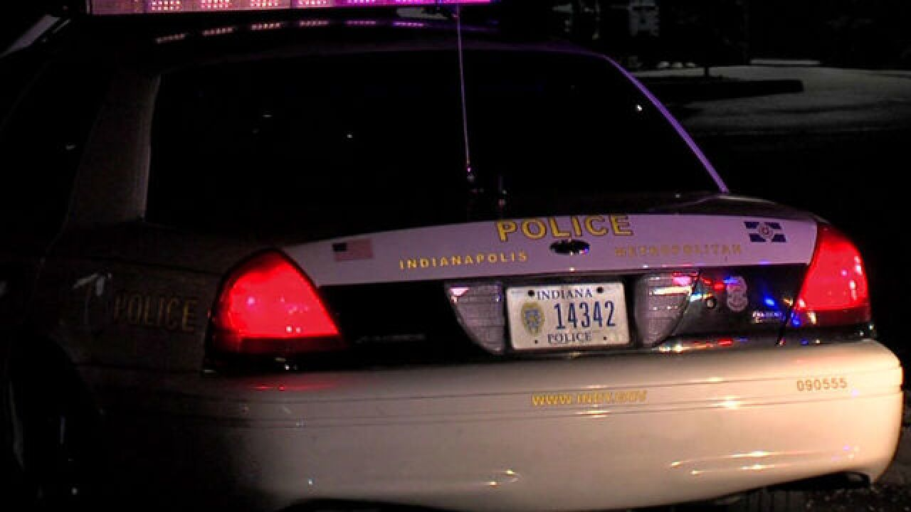 Witnesses run after teen shot on Indy's W. side