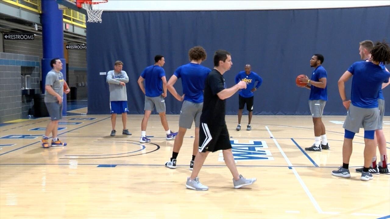 UMKC Men's Basketball 4