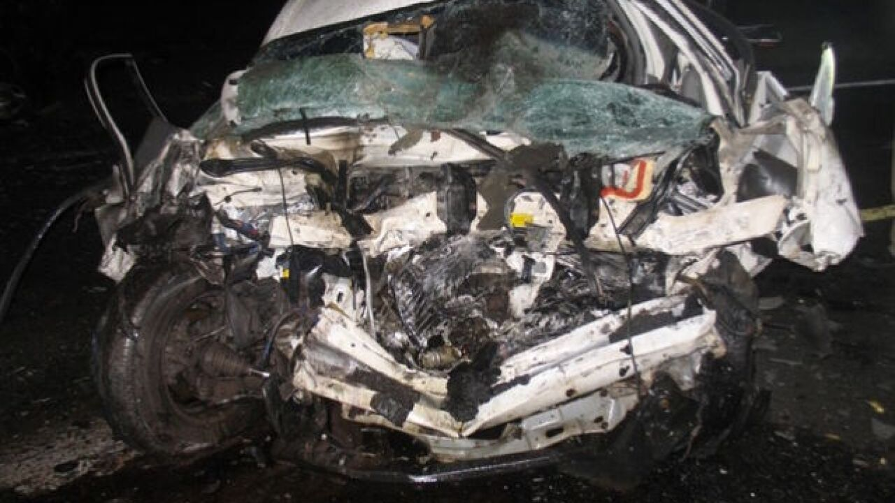 Eight killed in head-on crash in Arizona, DPS says