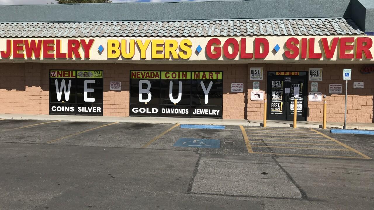 COVID-19 CRACK DOWN: Las Vegas police visit 113 businesses, suspend 7 licenses amid shutdown