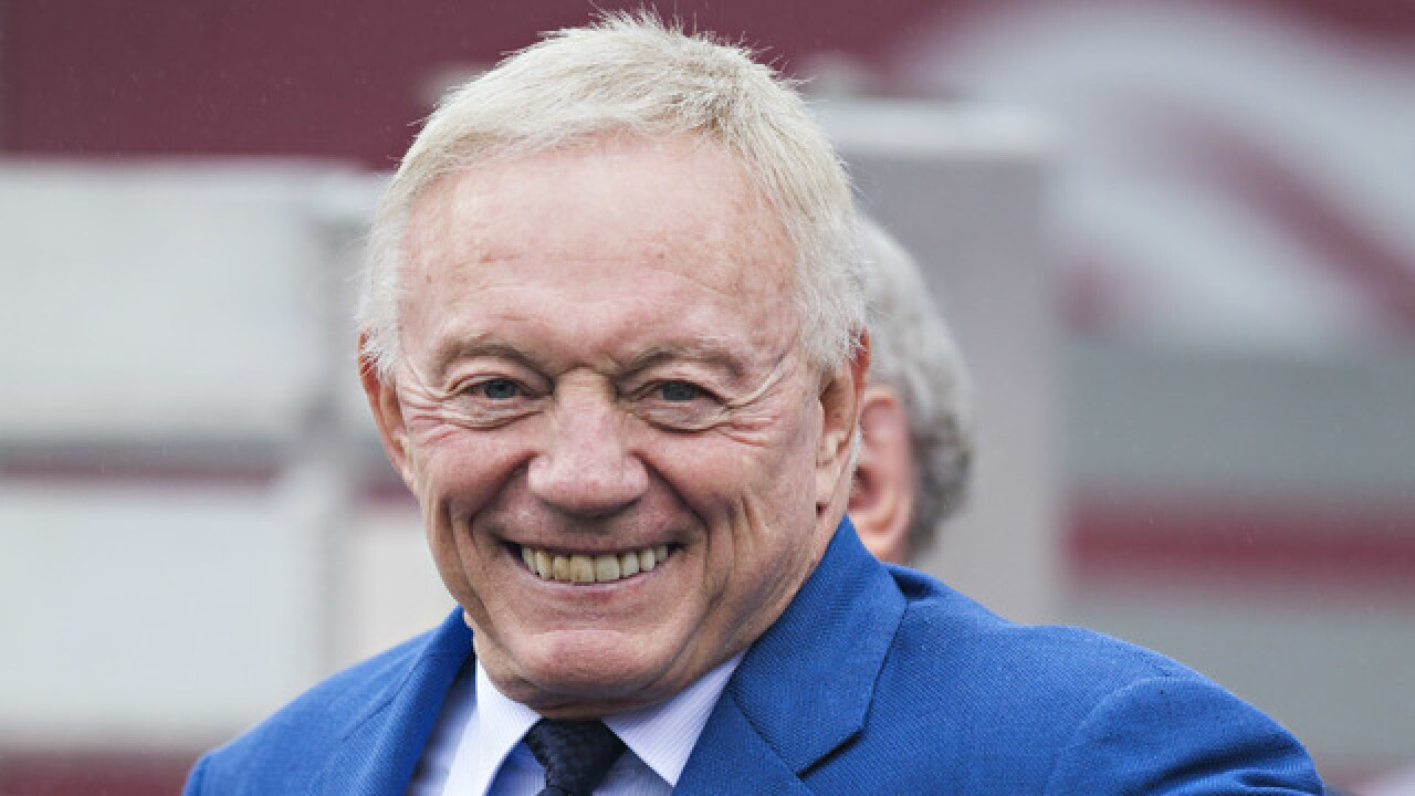 Cowboys owner Jerry Jones pranks first round draft pick, says he's from Packers