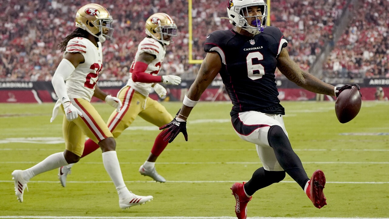 The Arizona Cardinals improved to 5-0 for the first time since 1974, riding a stellar defensive performance to a 17-10 win over the San Francisco 49ers on Sunday. AP photo.