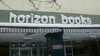 horizon books traverse city.jpg