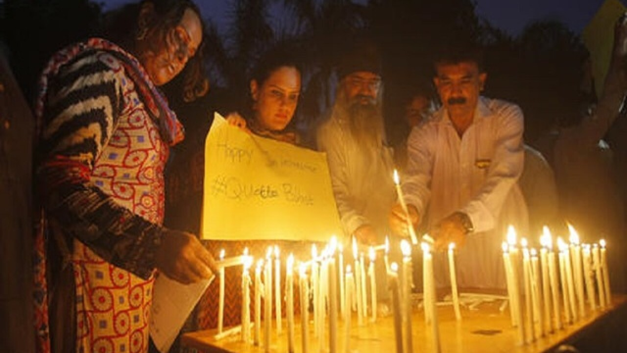Pakistani lawyers mourn colleagues slain in Quetta attack