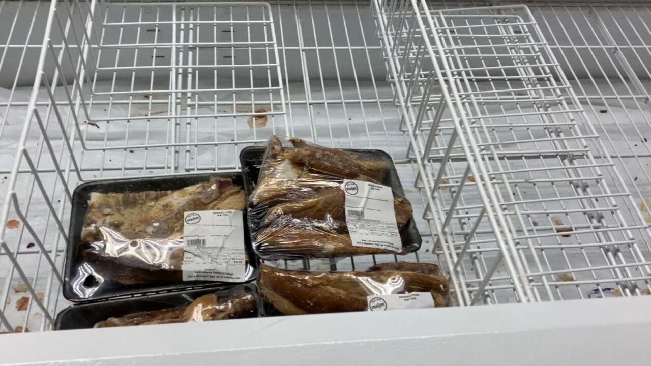stores stocking shelves.JPG