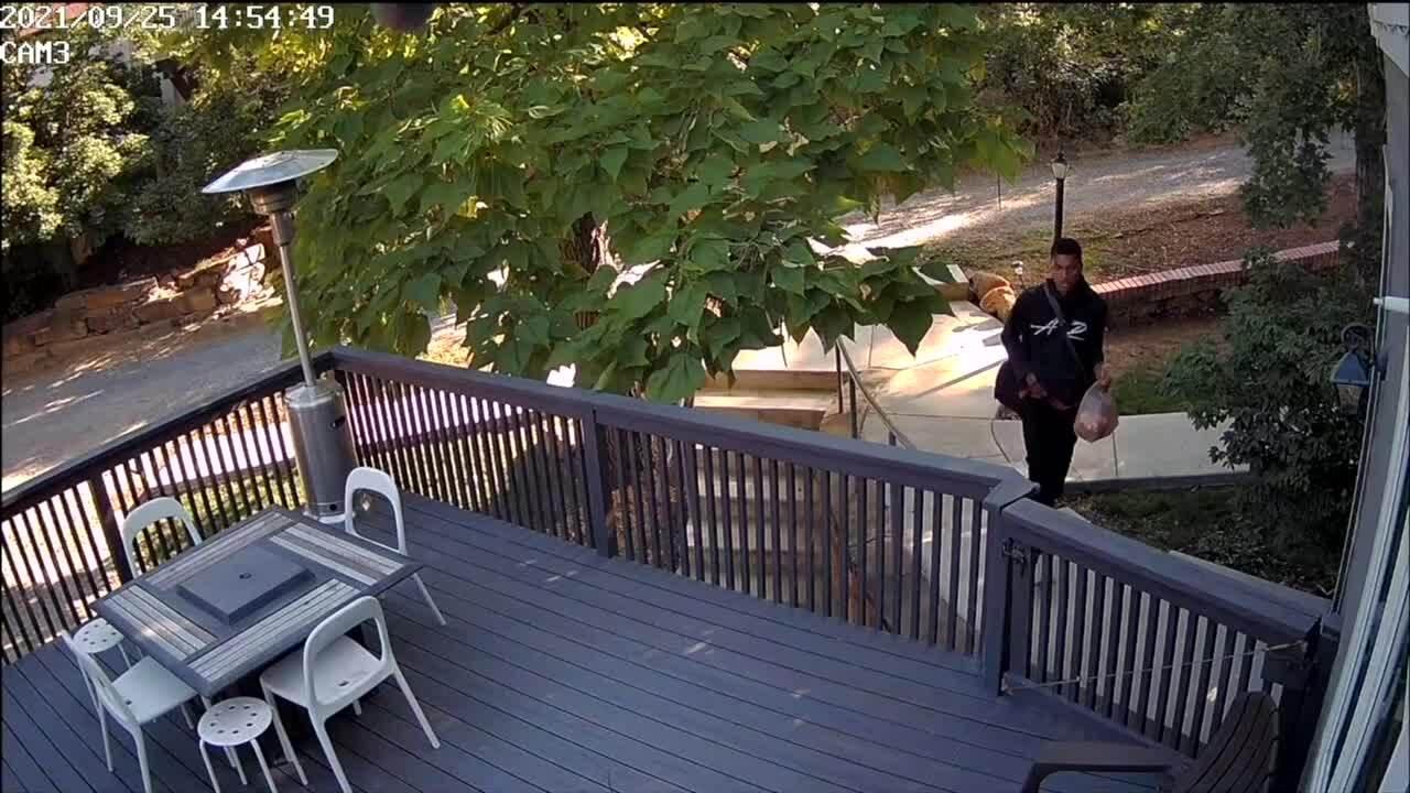 Boulder family's home burglarized in broad daylight