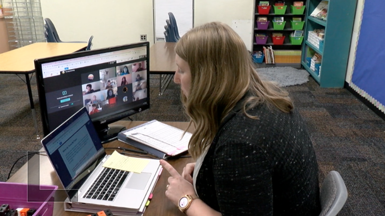 Sunnyside teacher engaged in remote learning