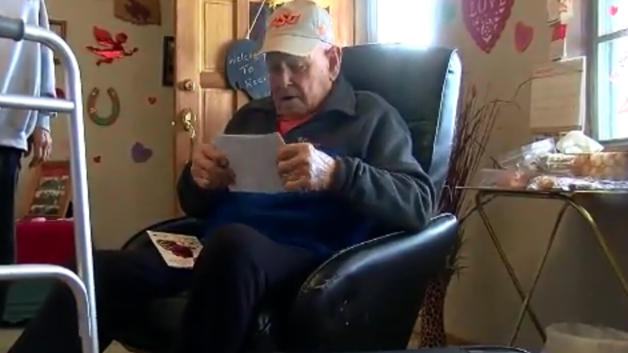 Oklahoma Family Asks For Birthday Cards For WWII Veteran With Cancer