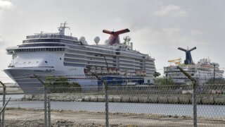 Cruise industry will test all passengers, create bubble when No Sail Order is lifted