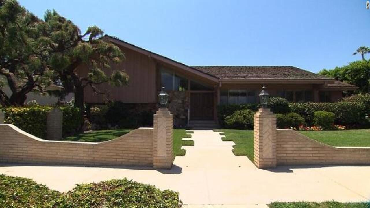 HGTV is the winning bidder on 'The Brady Bunch' house