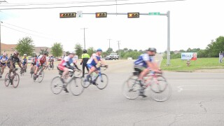 Wounded veterans and first responders peddle across Texas