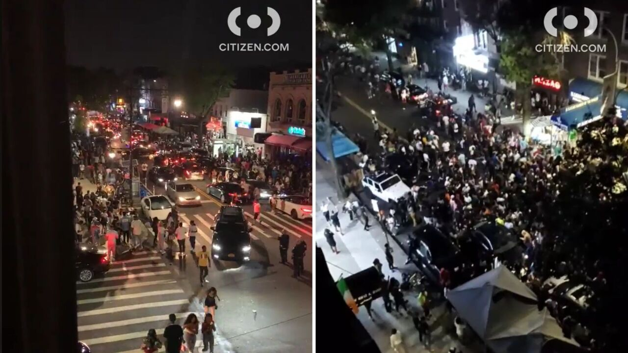Astoria queens crowds social distancing