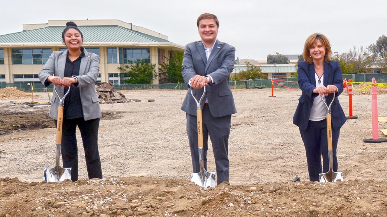 Grossmont College breaks ground