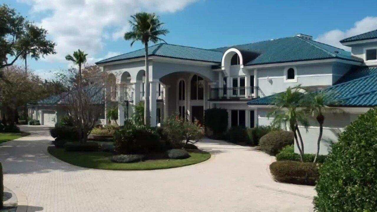 wptv-shaquille-oneal-mansion-.jpg