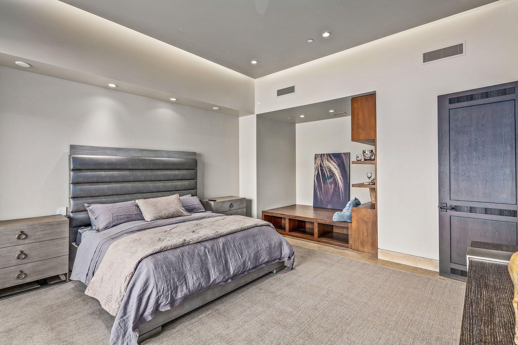 9300+E+Grapevine+Pass+Scottsdale-36-WebQuality-Bedroom+En+suite.jpg