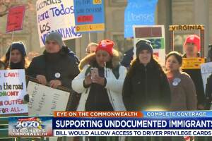 Supporters rally for driving privileges for undocumented immigrants