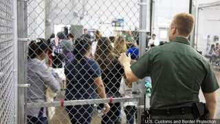 South Texas county OKs immigrant detention center