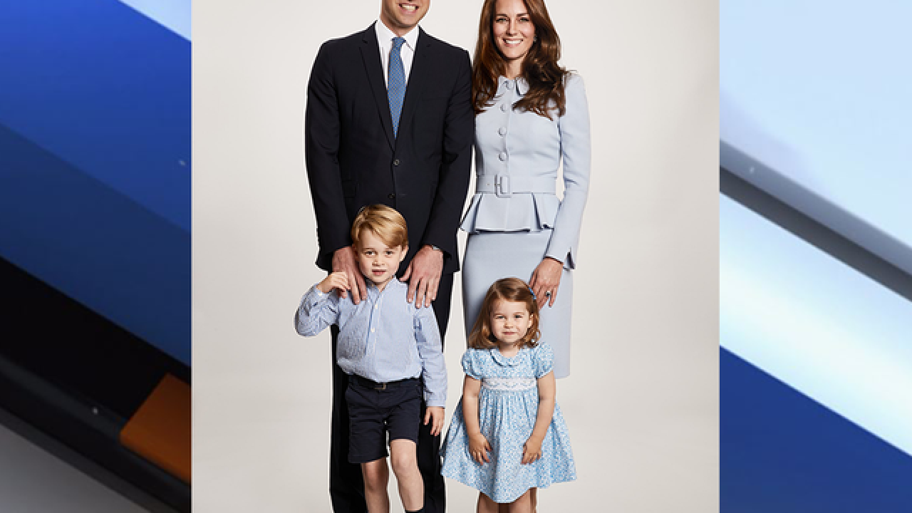 Royal Family Christmas.Merry Christmas From The Growing Royal Family Will Kate S