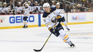 Make it nine! Sabres top Red Wings in shootout for 9th straight win