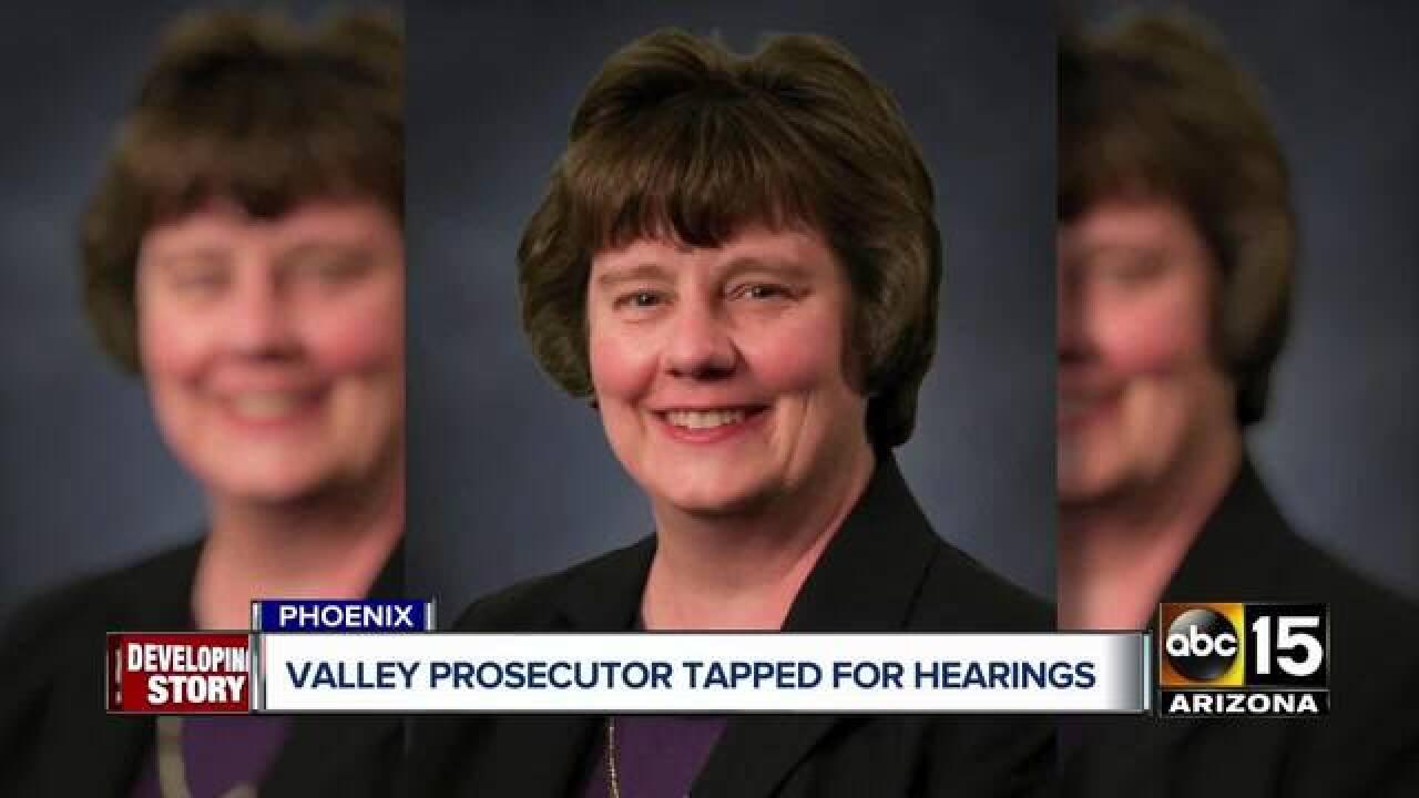 Who is Valley prosecutor Rachel Mitchell?