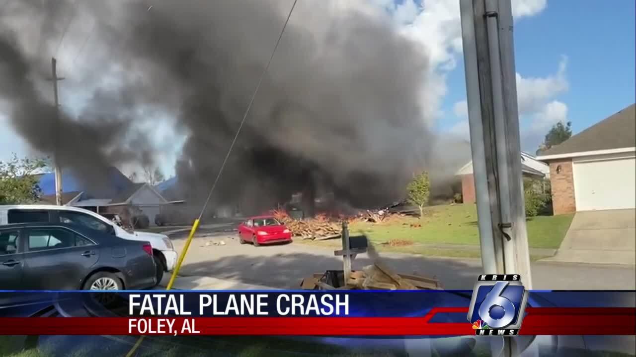 Two die in fatal U.S. Navy air crash at Foley, Ala.