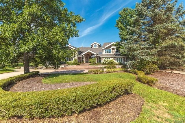 Photo gallery: Inside Eminem's Rochester Hills mansion on sale for $2M