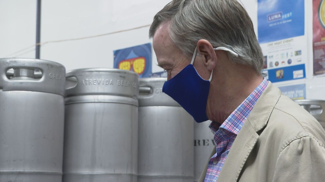 Sen. Hickenlooper touts billions in federal grants for food and drink industry