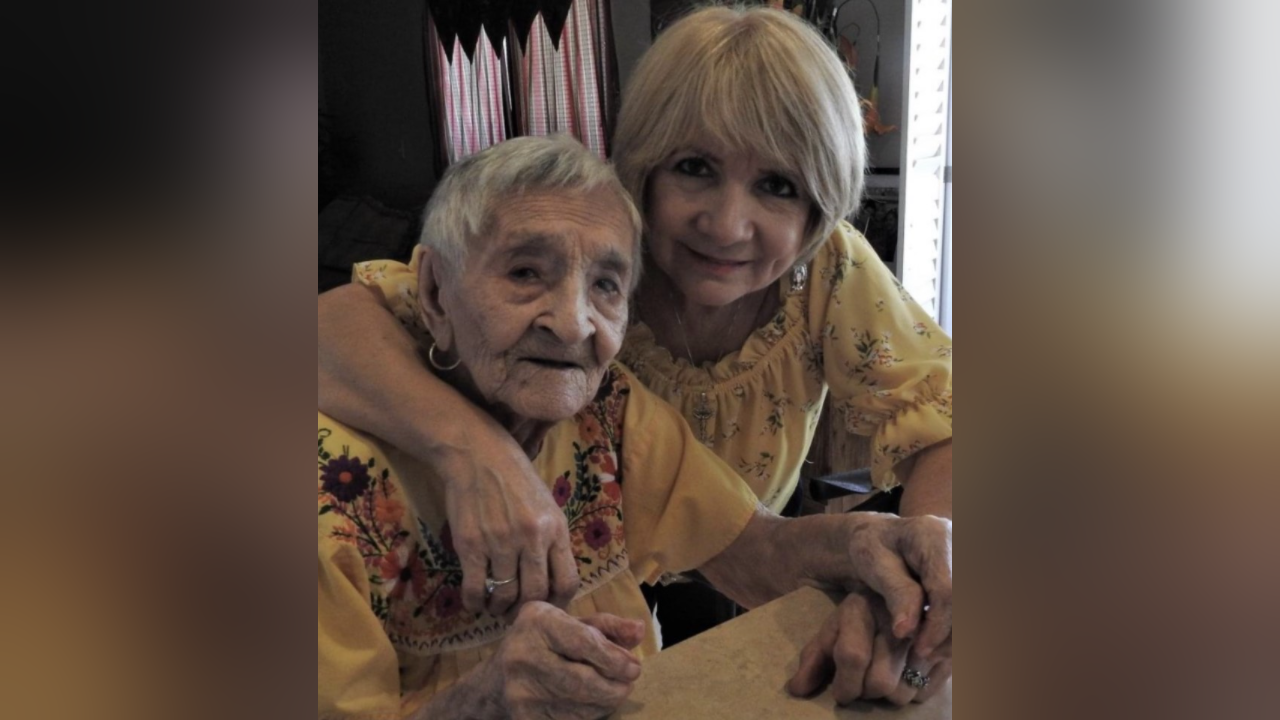 Lucy Flint Trevino and her mother, Maria