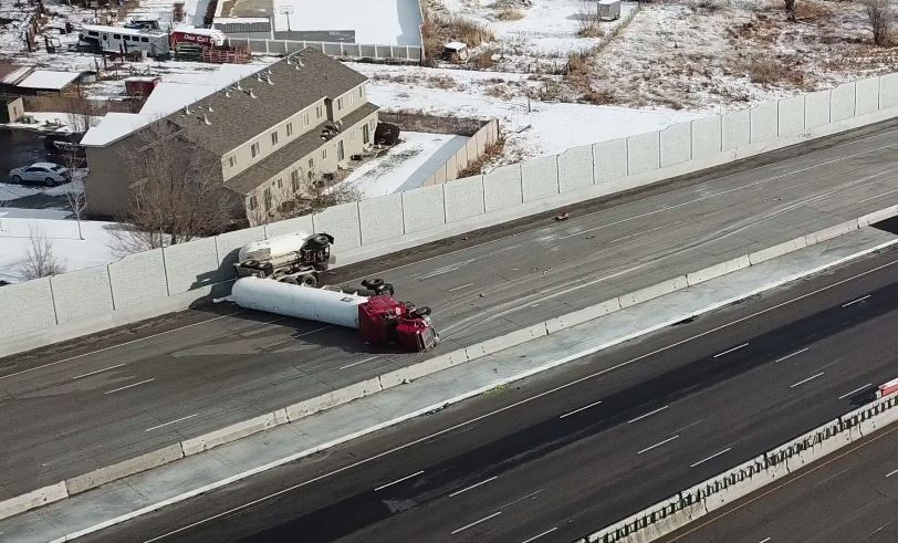Photos: After almost 10 hours, I-15 is open in both directions after semi rollover inLehi