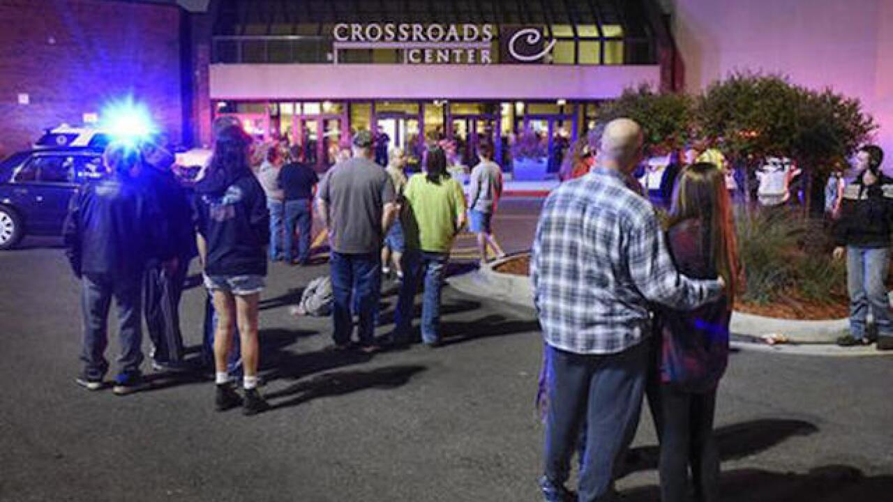 ISIS claims responsibility for Minnesota mall mass stabbing
