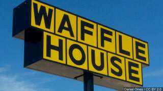 Waffle House sending in reinforcements to the Carolinas
