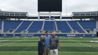 Kentucky Lands Grad Transfer Quarterback Sawyer Smith