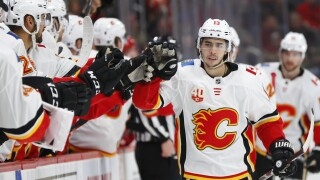 Red Wings fall to Flames on eve of trade deadline