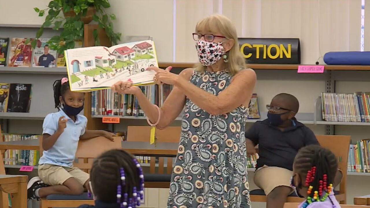 Substitute teacher Alison Donlon educates students at Lake Park Elementary School during the 2021_22 academic year.jpg
